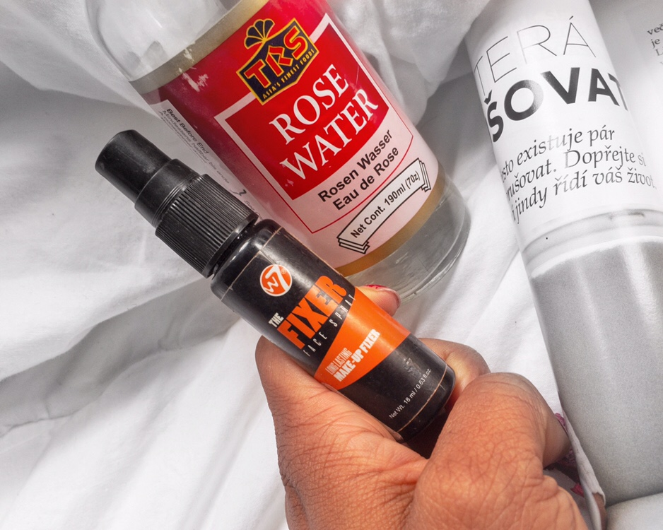 theashtreejournal.com rose water for summer beauty