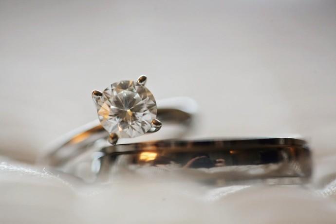 The ash tree journal tips on buying diamonds